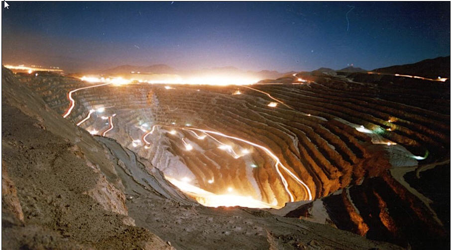Chilean-mining-powerhouse-looks-to-new-options-open-pit-copper-mine